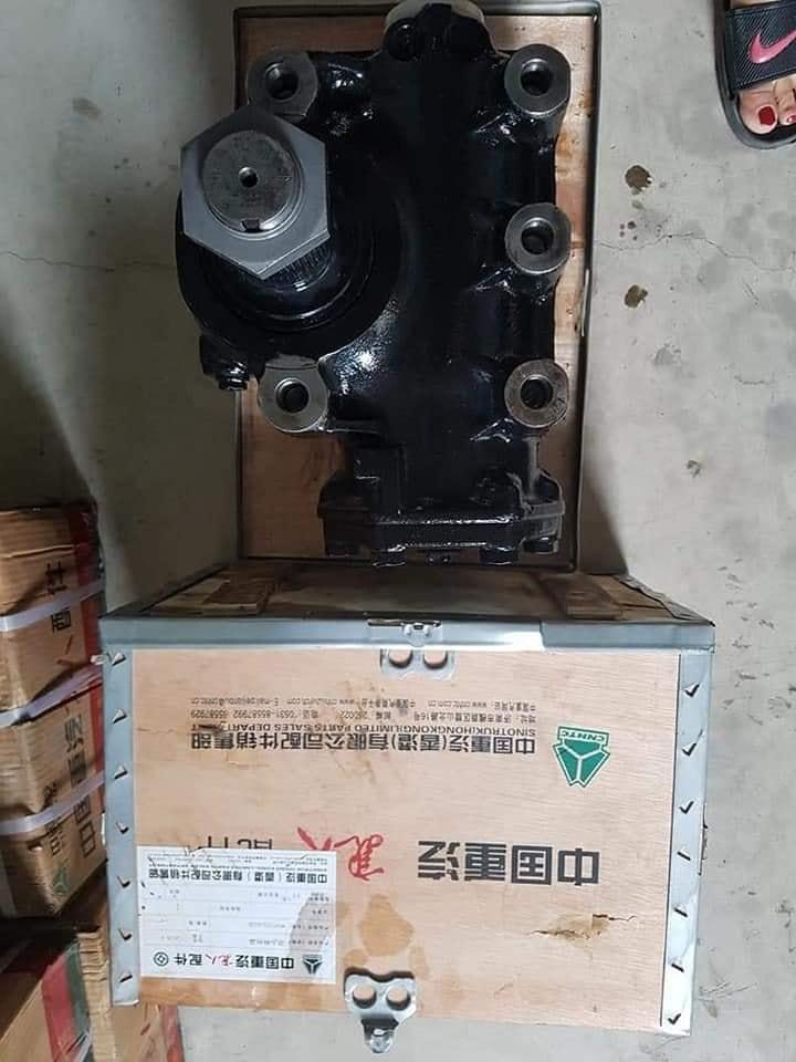 bot-lai-xe-tai-howo (1)